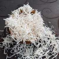 Desiccated Coconut Flakes (Dried)